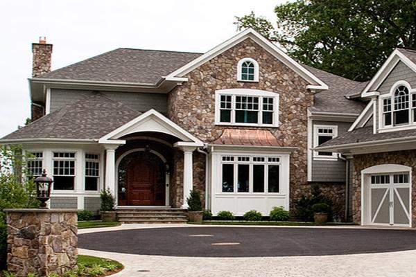 Riley Custom Homes